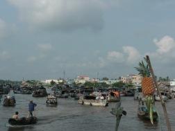 Marché flottant dans le Mékong