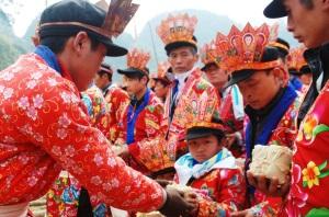 La-ceremonie-initiatique-«Cap sac»