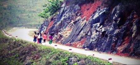 le-chemin-de-l'ecole-a-ha-giang