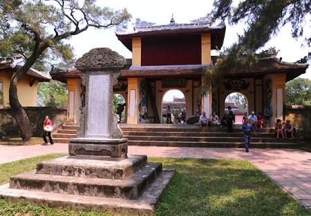 pagode-thien-mu3