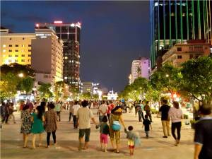 Rue-pietonne-Nguyen-Hue