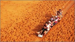 sandboarding-a-mui-ne