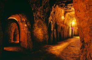 Tunnels-de-Vinh-Moc