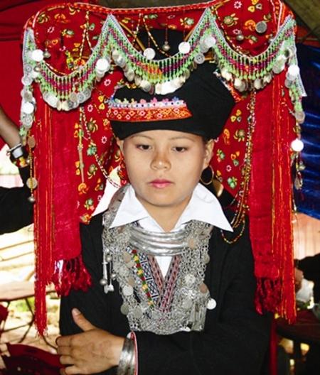 tenue-de-mariage-traditionnelle