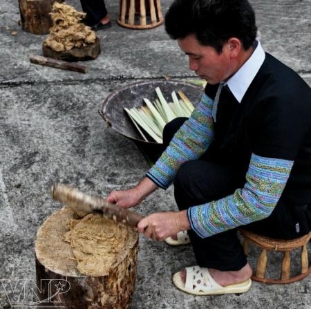Le-papier-traditionnel-de-l'ethnie-H'mong2