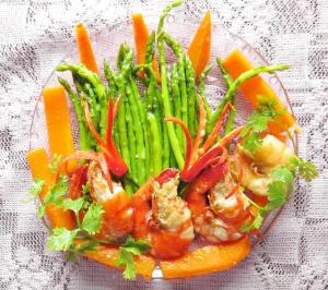asperges-sautees-aux-crevettes