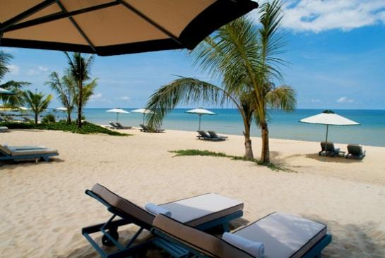 Ce resort composé de 43 chambres et villas est construit avec une architecture s'inspirant de l'Orient et de l'Occident.