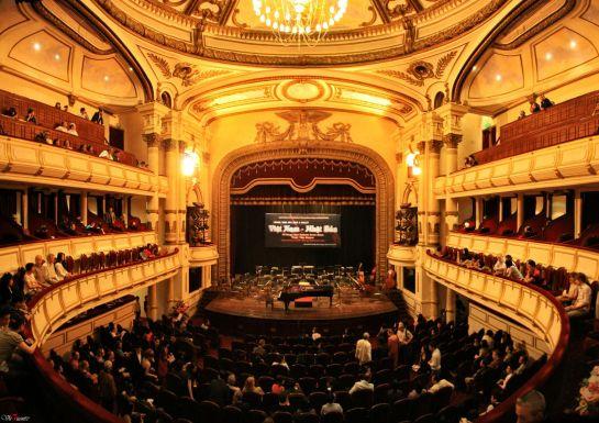 opera hanoi presentation.jpg