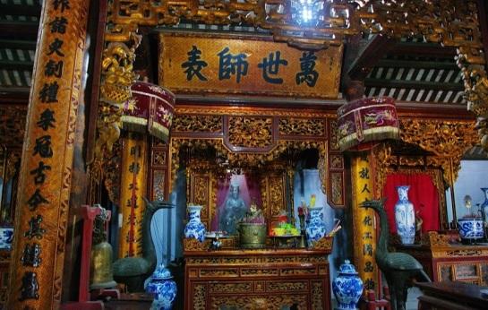 temple xich dang autel confucius.JPG