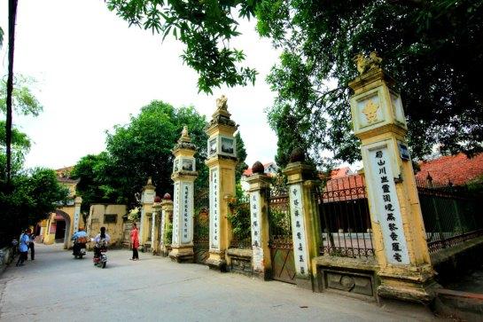 village huynh cung.jpg